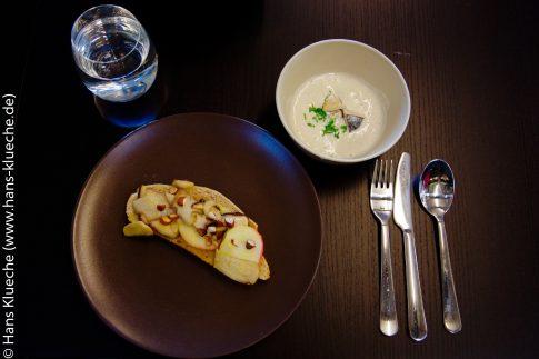 Pilzsuppe und Steinpilze mit Bornholmer Äpfeln auf Brot gebacken - eine vielversprechender Start!