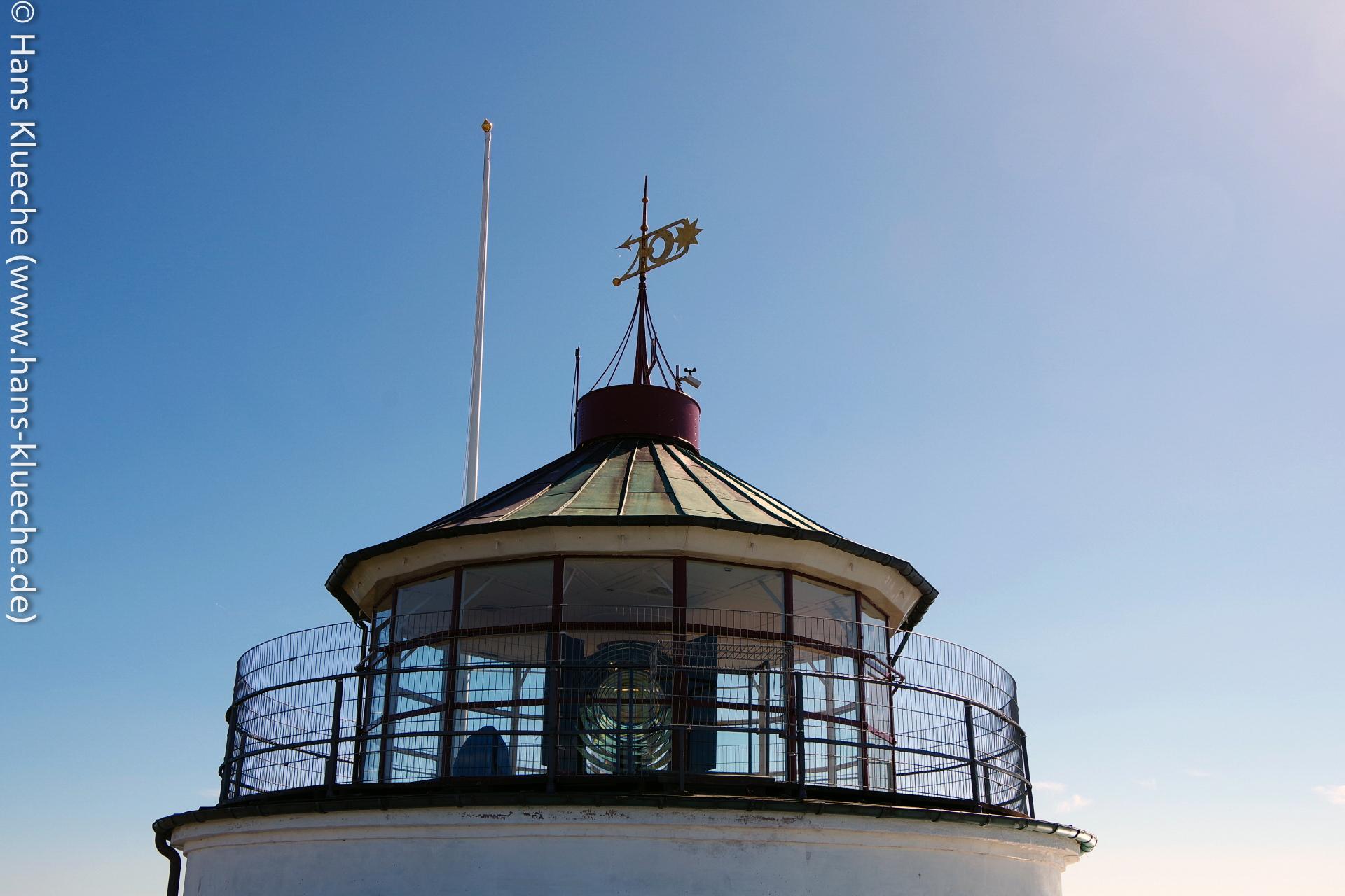 Leuchtturmspitze schaut auf Christiansø