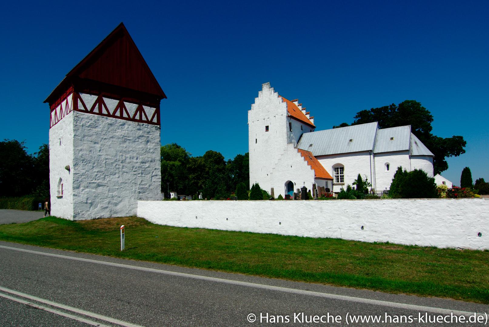 Bodils Kirke an Landstraße Aakirkeby - Nexø