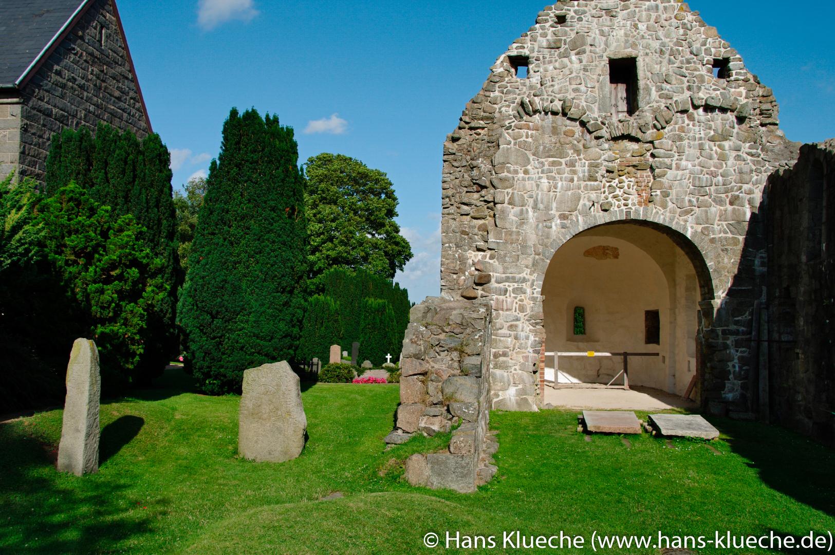 Ruine der ersten Østermarie Kirke